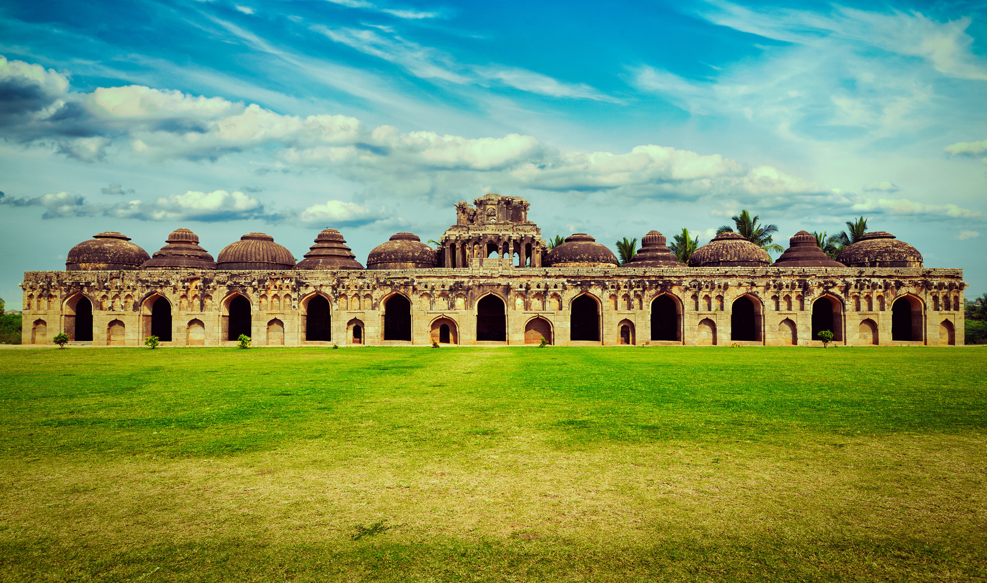 HEADER-Places-to-visit-Hampi_Elephant-Stables_credit-f9photos_iStock-www.istockphoto.jpg